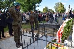 Poswiecenie-pomnika-nagrobnego-ulana-Michala-Demideckiego-Demidowicza_Zembrow_5.09-81-1030x688